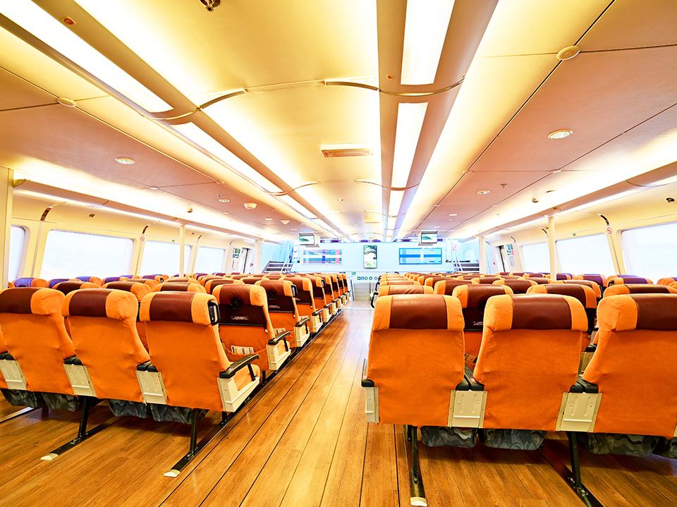 speedrunner-3-seats-economy