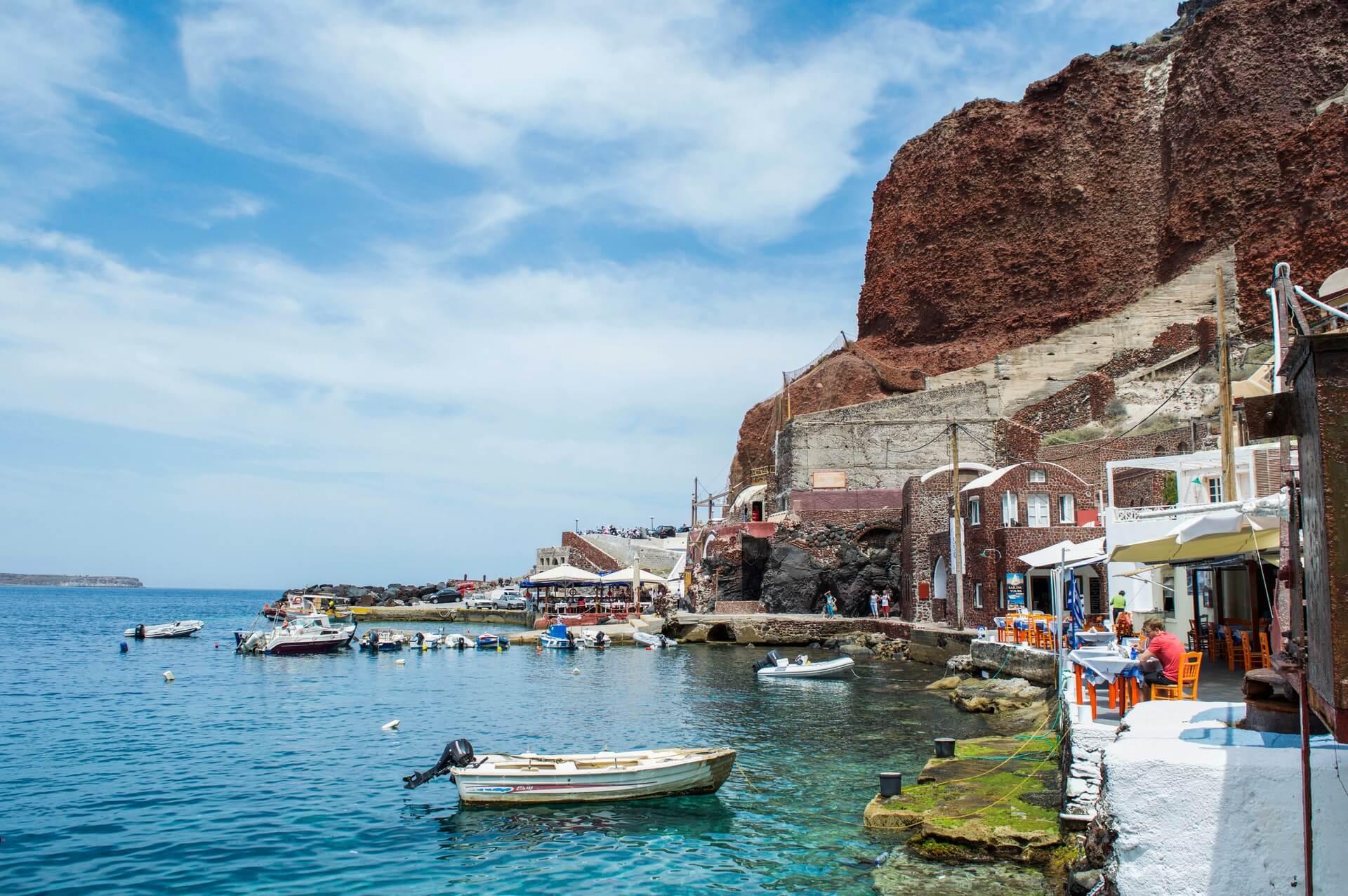 Six Fantastic Restaurants To Try In Santorini - Ferryscanner.com
